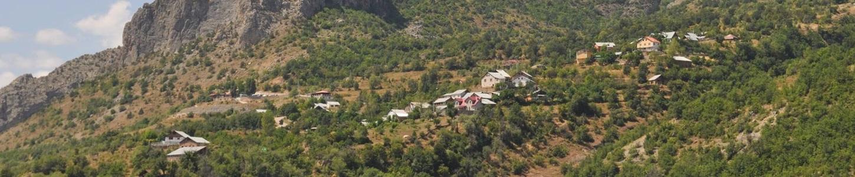 Βρισκόταν στο ψηλότερο σημείο της περιφέρειας και κατοικούνταν από 70 οικογένειες.